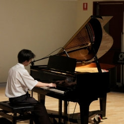 Picture of Jason Ho playing piano, 2011